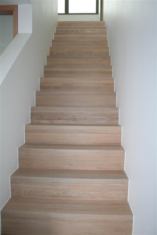 Trap verven op alle vragen over je trap verven antwoord - Schilderen muur trap ...